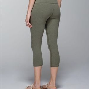 Lululemon Wunder Under Olive Green Crop